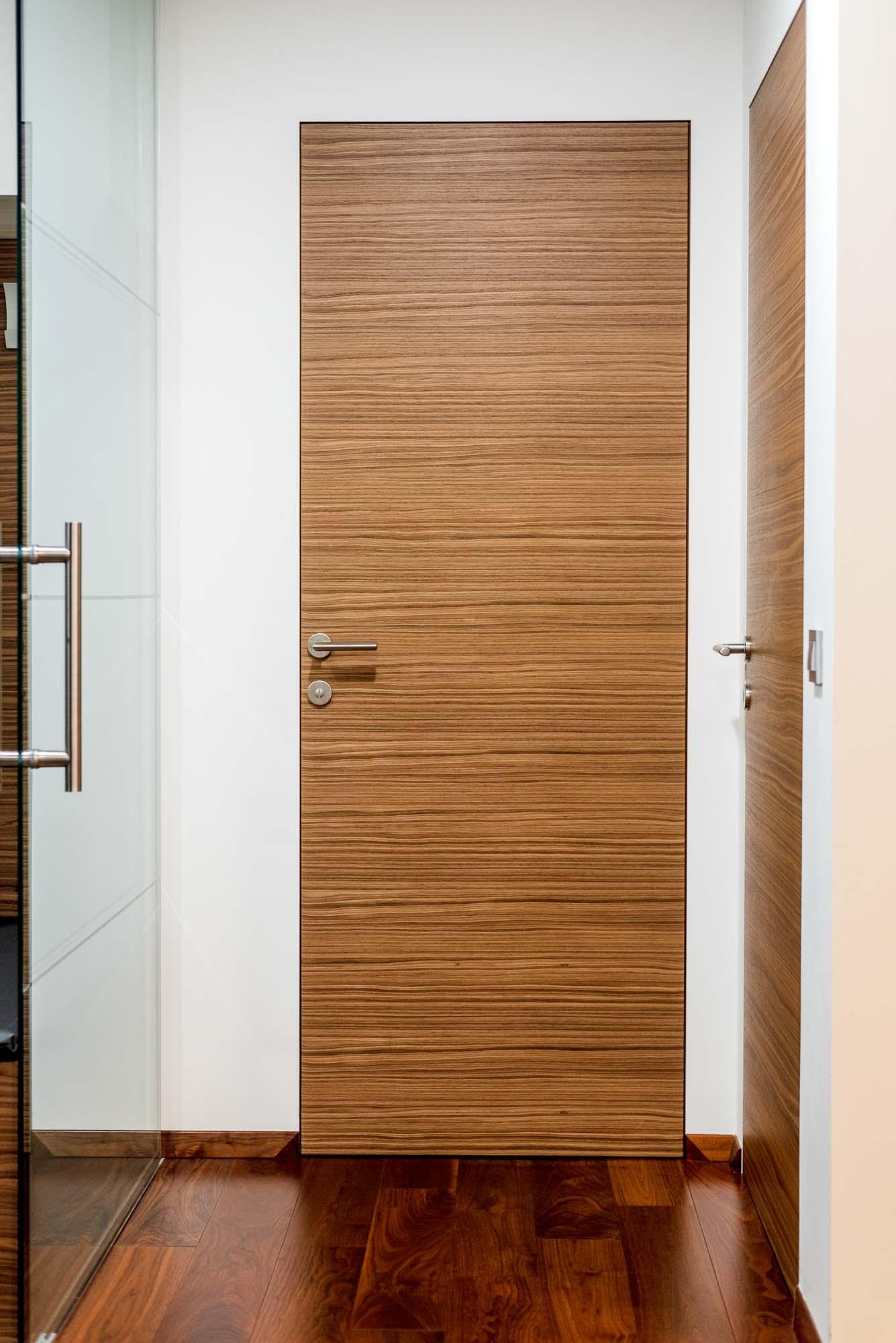 leseno kopalnisko pohistvo in kopalnica po meri